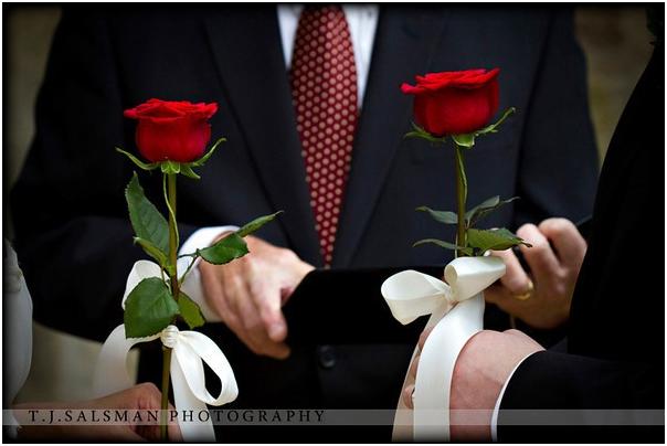 https://heirateninaustralien.com/wp-content/uploads/2020/07/Rose-Flower-Ceremony.jpg